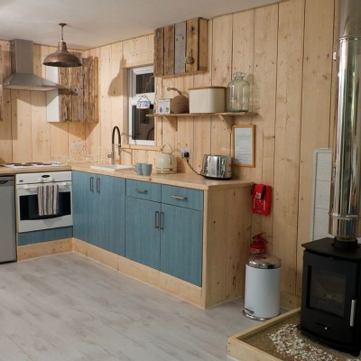 Lusty Glaze Beach Chalet Kitchen