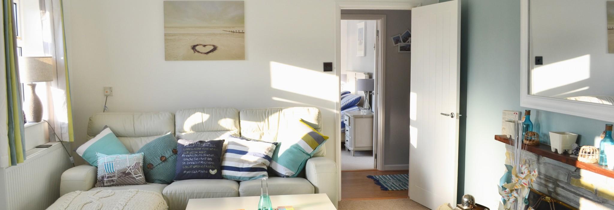 Sandylands living room, a dog friendly cottage in Cornwall