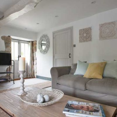 St Nectan Lounge - Boutique Retreats