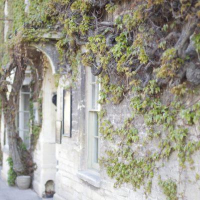 The Wheatsheaf Inn - dog-friendly inn, Gloucestershire